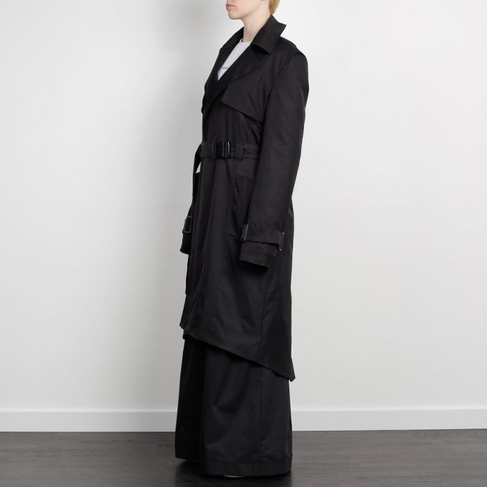 ELONGATED FISHTAIL COAT BLACK