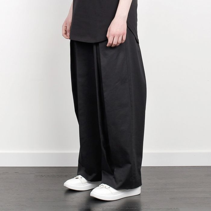 INVERTED HAKAMA TROUSERS BLACK