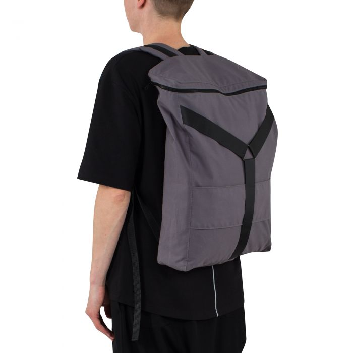 Y — BACKPACK GREY